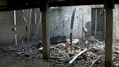 Operário morre após desabamento de parte de laje em Juiz de Fora - Ele teria retirado a proteção.