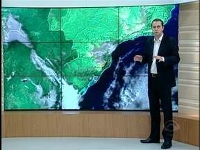 Entenda o porquê da elevação da temperatura nesta quarta e confira a previsão do tempo - As informações são do meteorologista Leandro Puchalski.