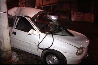 Em perseguição, carro da polícia se envolve em acidente no ES - Acidente aconteceu em Cariacica, na Grande Vitória.