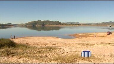 Mãe e filha morrem afogadas na represa de Paraibuna - Mãe tentou salvar a filha e acabou morrendo também.