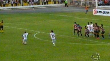 Luverdense faz bonito mais uma vez em casa - Em casa, o líder do grupo, Luverdense, comemorou mais uma vitória contra o Santa Cruz.