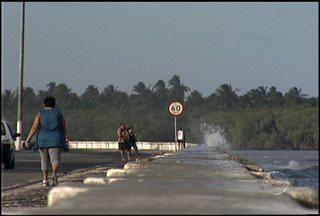 Fim de semana de fortes ventos em Sergipe. - Rajadas de ventos atingiram a velocidade de 40 km por hora. O mar também ficou agitado