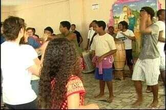 Estudantes italianos participam de intercâmbio em São Mateus, no ES - 16 estudantes conheceram pontos turísticos da cidade.