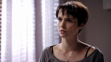 Avenida Brasil - Capítulo de segunda-feira, dia 20/08/2012, na íntegra - Nina conta para Jorginho que Max e Carminha armaram sequestro