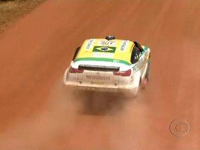 Termina em Fortaleza a 20ª edição do Rally dos Sertões - Depois de dois vice-campeonatos consecutivios, Felipe Zanol venceu o Rally dos Sertões na categoria Motos. Entre os carros, Stéphane Peterhansel confirmou o favoritismo e conquistou o título pela primeira vez.