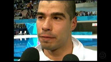 Atleta criado em MG conquista primeiro ouro do Brasil nas Paralimpíadas de Londres - Nadador Daniel Dias bateu recorde mundial na prova dos 50 metros nado livre.