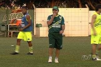 Com dúvidas na escalação, Goiás encara o Criciúma - Esmeraldino pode alcançar o rival caso vença a partida.