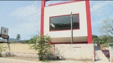 Câmara de Barra do Turvo cassa mandato de prefeita - Vice prefeito deve assumir a prefeitura ainda nesta semana.