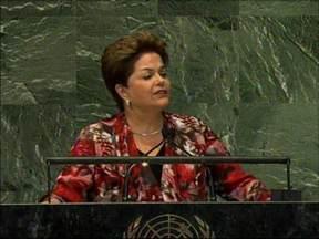 Dilma Rousseff abre debates da Assembleia-Geral da ONU - Boa parte do discurso foi dedicado à crise financeira mundial. A presidente criticou a política monetária dos países desenvolvidos.