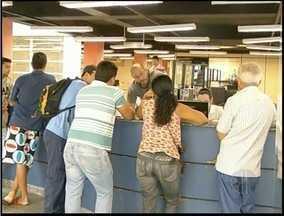 Sindicato de Delegados do RJ diz que demora em delegacias é causada por falta de pessoal - Segundo a Polícia Civil do RJ, há projetos para aumentar o efetivo e reduzir essas demoras.