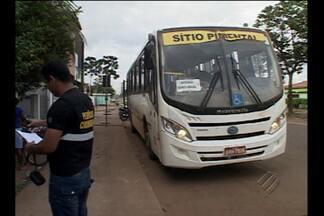 Trabalhador de Belo Monte morre ao cair de ônibus em movimento - Vítima voltava para o canteiro de obras quando o acidente aconteceu.