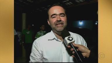Em Petrolina, no Sertão, Júlio Lóssio é reeleito - O prefeito segue para mais um mandato, com 45% dos votos. A apuração foi rápida.