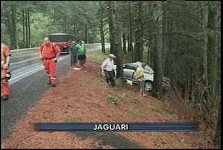 Promotor de Justiça morre em acidente de trânsito em Jaguari, RS. - O acidente foi na BR-287 na manhã de hoje. Rafael Azeredo foi socorrido mas não resistiu.