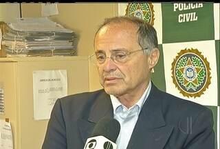 Ex-secretário de planejamento de Búzios, RJ, é levado para delegacia - Ruy Borba foi levado para prestar esclarecimentos em uma ação movida por improbidade administrativa.