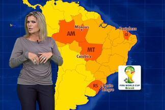 Clima da Copa 2014: estrangeiros enfrentarão muito calor no Mundial - Confira a previsão do tempo com Flávia Freire para a Copa do Mundo de 2014, no Brasil.
