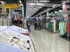 Comércio gera mais de duas mil vagas em Londrina - Inaugurações de lojas de grande porte e de shoppings seriam as causas desse aumento