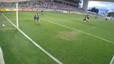 Atlético-MG marca no acréscimos e vence o Sport no Independência - Leonardo foi o herói da partida com dois gols.