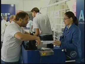 Problema no Aeroporto de Viracopos atinge vôos na região de Bauru e Marília, SP - Um problema no pouso de uma aeronave cargueira no aeroporto de Viracopos em Campinas (SP), atrasou diversos vôos e na região de Bauru e Marília, não foi diferente. Diversas decolagens foram canceladas.