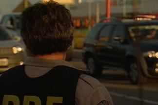 PRF registra mais de 60 acidentes e 4 mortes durante feriadão na PB - Mais de 30 motoristas foram pegos embriagados e cerca de 14 veículos apreendidos.