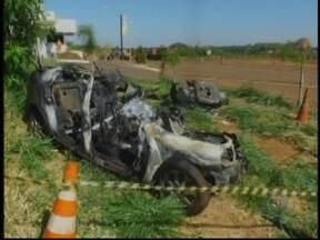 Estado da estudante que sobreviveu a acidente de Jales, SP, é grave - É grave o estado de saúde da estudante de medicina que sobreviveu ao acidente entre um carro e um caminhão, em Pontalinda (SP), nesta manhã desta segunda-feira (15) . Ao todo, quatro colegas dela morreram no acidente.