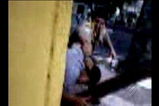 Agente de trânsito agride motociclista em Belém - Momento da agressão foi registrado por um cinegrafista amador.