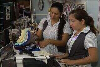 Valor da dívida no comércio de Ponta Porã é considerado alto - As vendas na região de fronteira estão em alta, principalmente por causa dos consumidores paraguaios que preferem fazer as compras no comércio de Ponta Porã.