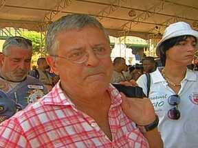 Morre ator e diretor Marcos Paulo - Marcos Paulo sofreu uma embolia pulmonar neste domingo (11). O ator e diretor já vinha lutando contra um câncer no esôfago desde o ano passado. Ele tinha acabado de voltar de uma viagem a trabalho em Manaus e faleceu em casa.