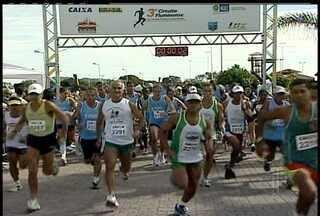 Rio das Ostras foi o cenário do 3º Circuito de Corrida Rústica neste domingo - Os participantes puderam competir em um dia de sol forte e muito vento
