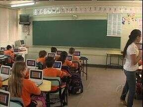 Escolas apostam na tecnologia para aumentar o interesse dos alunos - Uma ferramenta vista com bons olhos por especialistas.