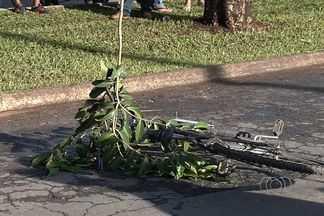 Ciclista morre após ser atropelado por ônibus em Goiânia - O acidente aconteceu nesta manhã na Avenida Nazaré, no Jardim Guanabara. O ciclista de 34 anos morreu na hora.