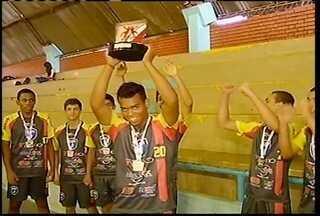 Atletas montesclarenses ficam em segundo lugar no Campeonato Mineiro de handebol - Eles disputaram com atletas de vários locais do país.