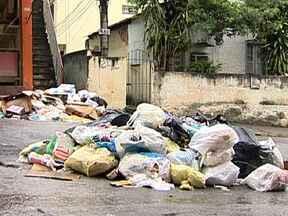 Chuva agrava situação da falta de coleta de lixo em municípios da Baixada Fluminense - A chuva aumenta a preocupação com o risco de enchente e de doenças nos municípios tomados pelo lixo na Baixada Fluminense.