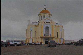 Construção de abatedouro gera polêmica em Farroupilha - Proposta ainda depende de licenças da Fepam. Moradores de Caravaggio reclamam de possíveis transtornos à área turística.