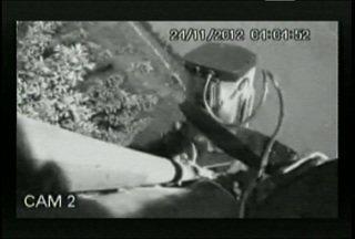 Câmeras flagram ação de vandalismo em Santa Maria - É a sexta vez que os equipamentos são alvos de vândalos. Desde que foram instaladas as 728 câmeras na cidade, 36 foram danificadas ou furtadas