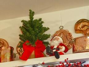 Decoração de Natal pode estar em todos os cantos da casa - Pesquisa mostra que brasileiros querem gastar menos com os presentes neste Natal. Muitos vão usar o 13º salário para quitar as dívidas. Japoneses se despedem das belezas do outono.