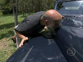 Lima Duarte revive os carros de Sinhozinho Malta - O ator mostra como cuida de uma F100, herança da novela Roque Santeiro. Ele também dá uma volta em uma limousine, como a do personagem, e em um Mercury, seu primeiro automóvel.