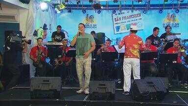Galo da Madrugada realiza concurso no Recife para escolher frevo do desfile do próximo ano - Festa do maior bloco de Carnaval do mundo ocorreu no bairro de São José, no centro da capital.