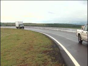 Inaugurado e liberado para os motoristas o Contorno Oeste - A obra começou em 2009 e o contorno liga as BRs - 277 e 467.