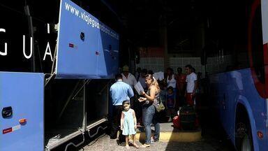 Em Sobral, frota de ônibus triplica na véspera do Natal - Passageiros tiveram de comprar passagem antecipada para não ter problema.