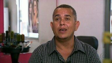 Patrícia ajudou o marido Jorge a virar cabeleireiro - O ex-segurança conta que ouviu muita brincadeira dos amigos