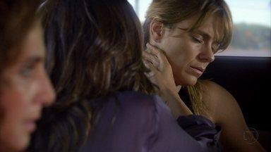 Jéssica se sente mal - Wanda arranja um pretexto para Morena não ir embora com Lucimar. Todos se preocupam com Jéssica. Wanda liga para Lívia e avisa que está levando as garotas para o seu hotel