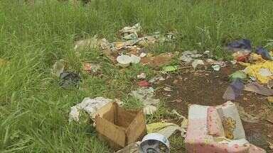 Moradores reclamam de terreno abandonado em Campinas e região - As reclamações de moradores de Campinas (SP), Paulínia (SP) e Amparo (SP) indicam áreas da cidade que apresentam risco por conta do abandono.