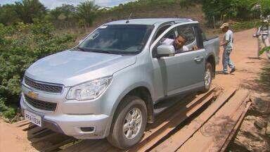 Moradores de área de Moreno estão desesperados com risco de acidentes em ponte - Estrutura precária liga Moreno à São Lourenço da Mata.