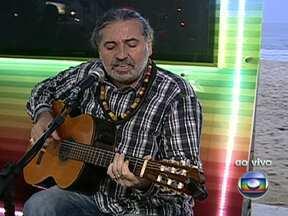 Moacy Luz toca no quiosque da Globo em Copacabana - O cantor Moacy Luz faz um show no quiosque da Globo em Copacabana. AfroReggae e blocos de carnaval também serão destaques no fim de semana.