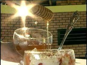 Veja como adicionar o mel às refeições diárias - Alimento é rico em elementos nutritivos.