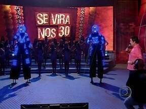Robotron 63 faz número especial no 'Se vira' - Dupla manda ver no palco do Domingão; assista!