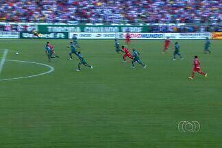 Gol-relâmpago, virada e frustração: Vila perde para o Rio Verde por 2 a 1 - Na estreia do Goianão 2013, Tigre sai na frente com gol nos primeiros segundos, mas leva virada. Val Baiano marcou o gol da vitória do Verdão.