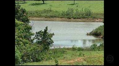 Nível de represa em Prata sobe e preocupa moradores do Triângulo Mineiro - O escoamento da barragem é feito há três dias. mas moradores temem que a represa transborde.
