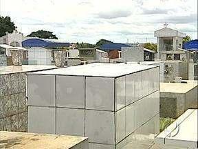 Acesf está convocando donos de terrenos no Cemitério Jardim da Saudade - Com a convocação, a Acesf espera abrir centenas de vagas no cemitério, que está quase no limite.