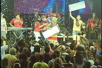 'Raça Bomba no Maranhão' vence Festival de Música Carnavalesca em São Luís - Noite contou com todos os ritmos da folia maranhense.